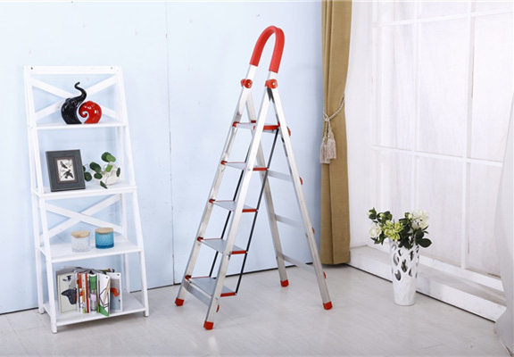 Why a Folding Ladder is a Great Choice